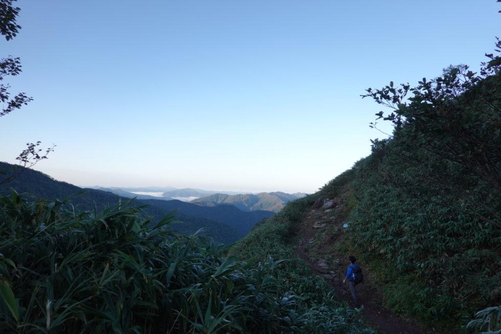 白山・観光新道から見えた山々と雲海