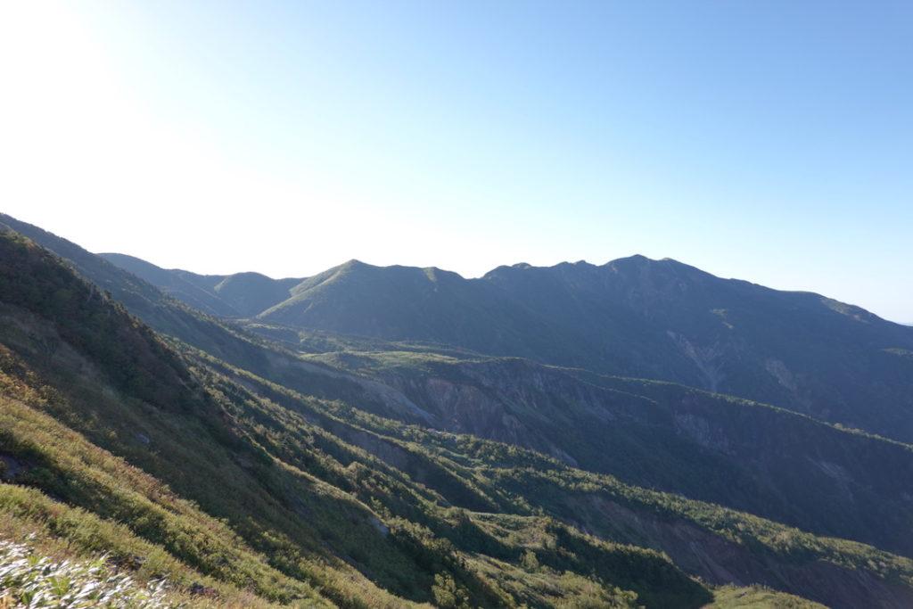 白山・観光新道から別山、砂防新道を望む