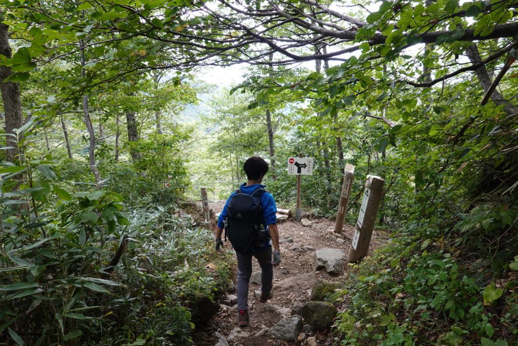 白山・砂防新道・登りと下りの分岐点