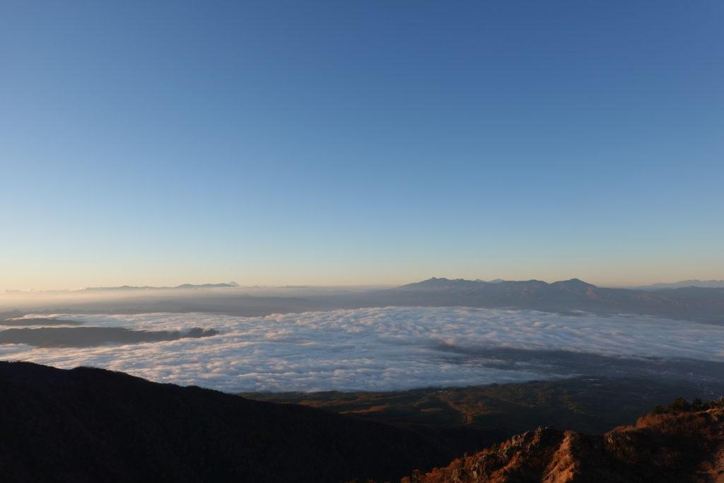 浅間山(前掛山)・トーミの頭からの南アルプス、八ヶ岳
