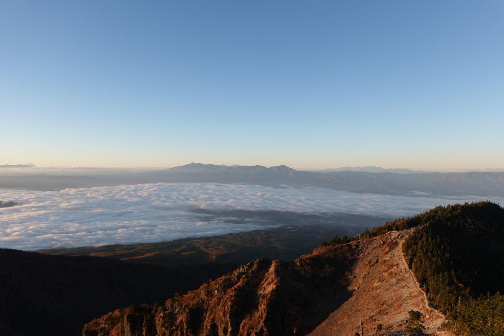 浅間山(前掛山)・トーミの頭からの八ヶ岳と歩いてきた道