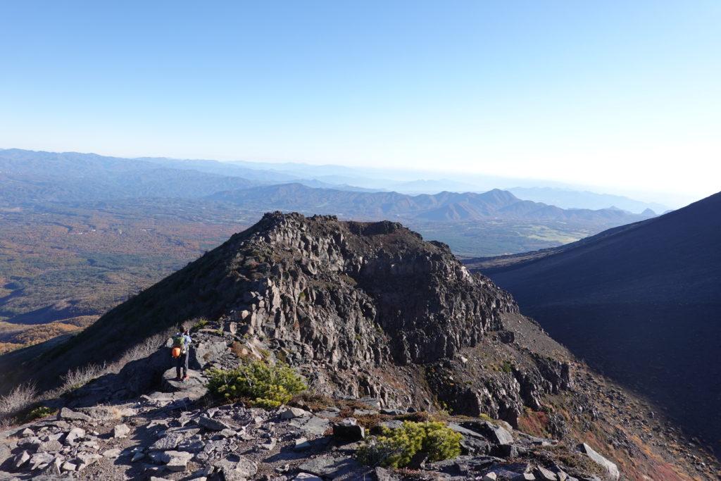 浅間山(前掛山)・浅間山外輪山・鋸岳へは下ります