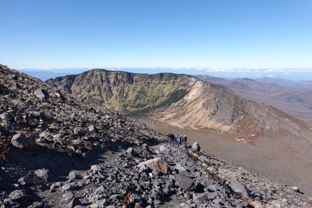 浅間山(前掛山)・前掛山から浅間山外輪山見ながら下山です