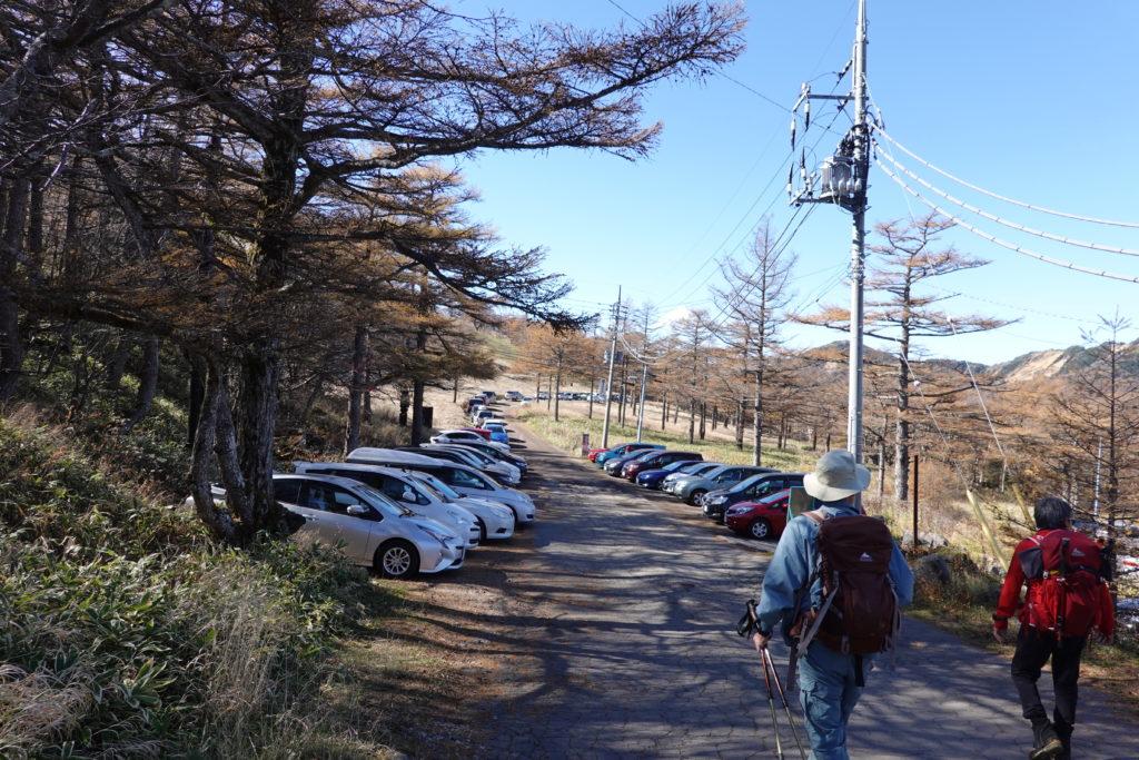 浅間山(前掛山)・高峰高原ビジターセンター駐車場