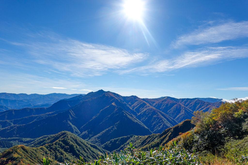 越後駒ヶ岳(魚沼駒ヶ岳)・越後駒ヶ岳からの荒沢岳