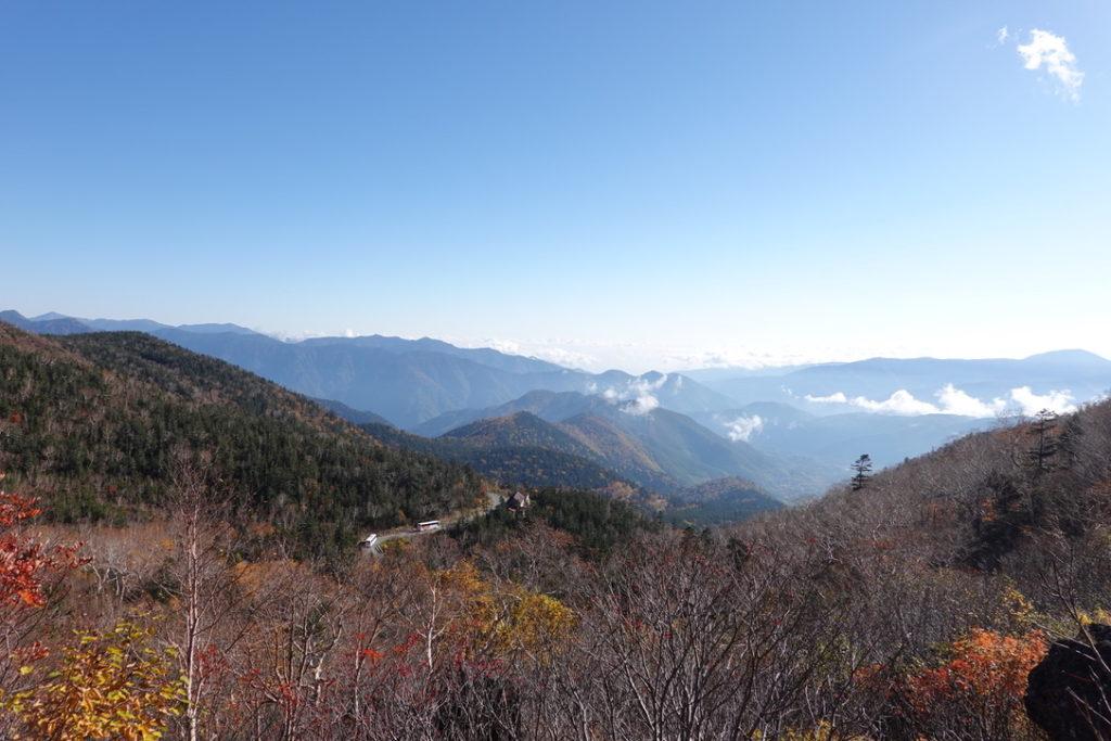 乗鞍岳・位ヶ原山荘からの登山道は非常に展望がよいのです