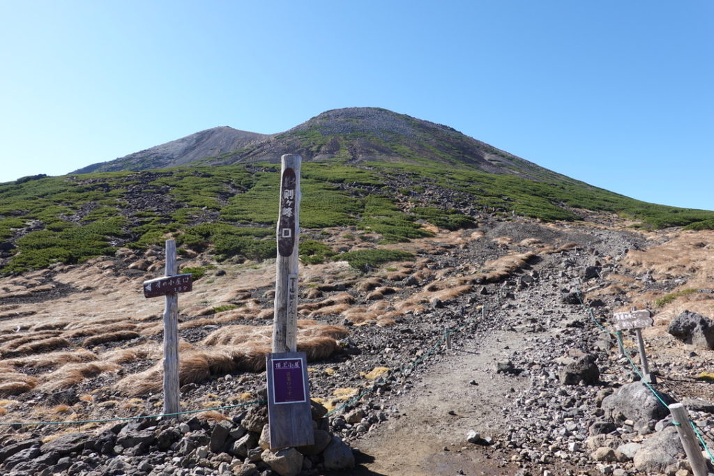 乗鞍岳・肩の小屋からの剣ヶ峰