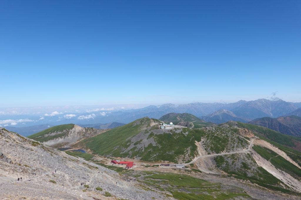 乗鞍岳・剣ヶ峰、蚕玉岳から摩利支天岳を望む