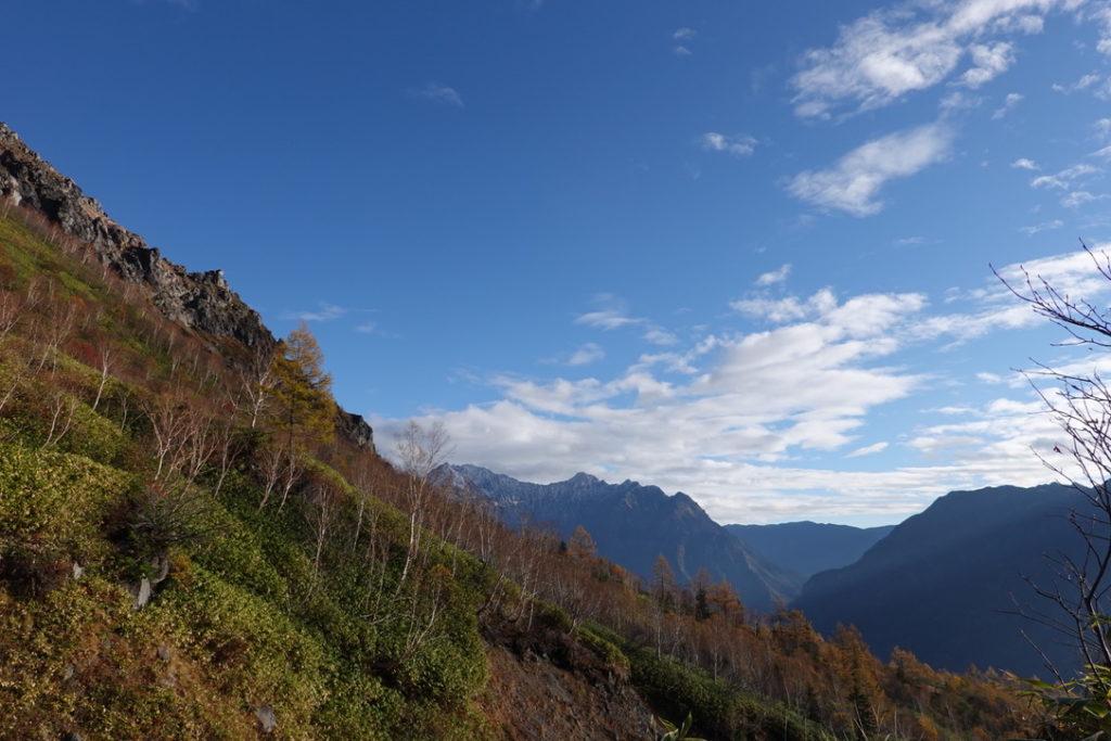 焼岳・紅葉の新中の湯ルート・焼岳からの穂高連峰
