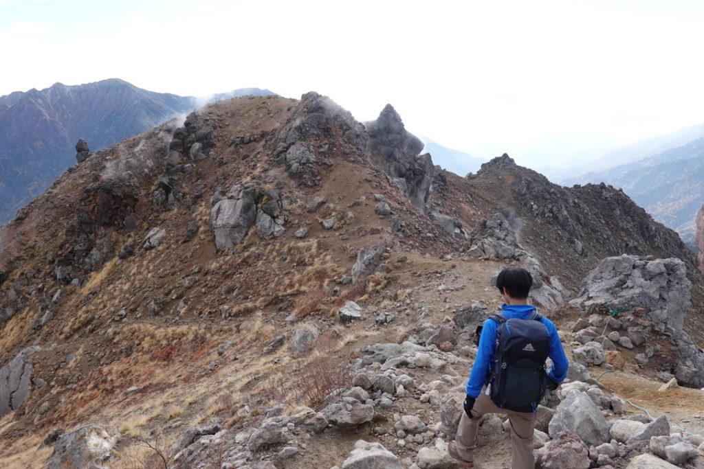 焼岳・北峰から上高地へ下山・その2