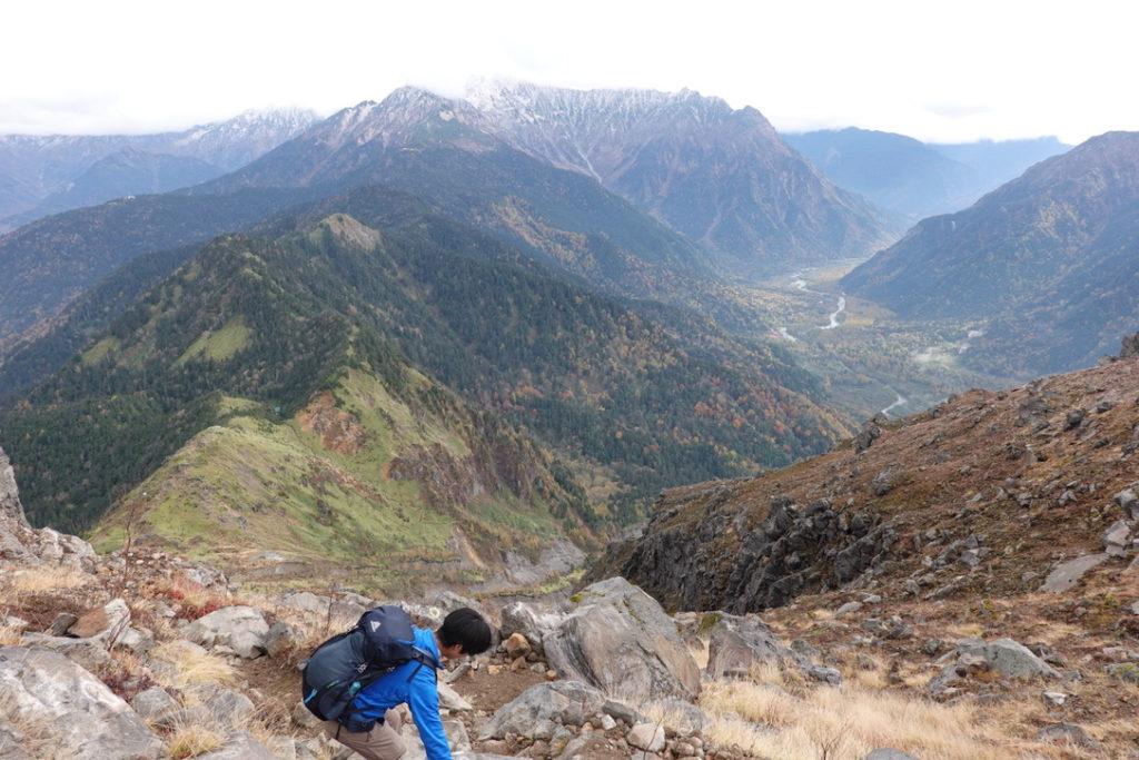焼岳・北峰から焼岳小屋へ・その2