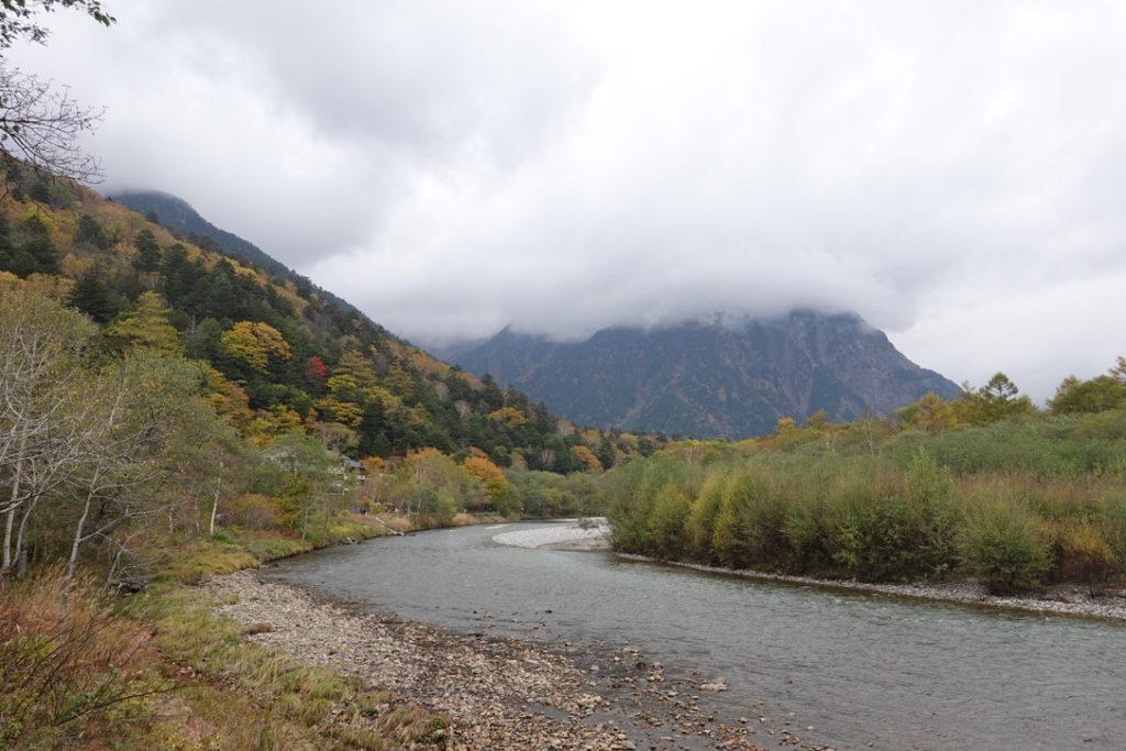 焼岳・上高地・田代橋付近からの梓川