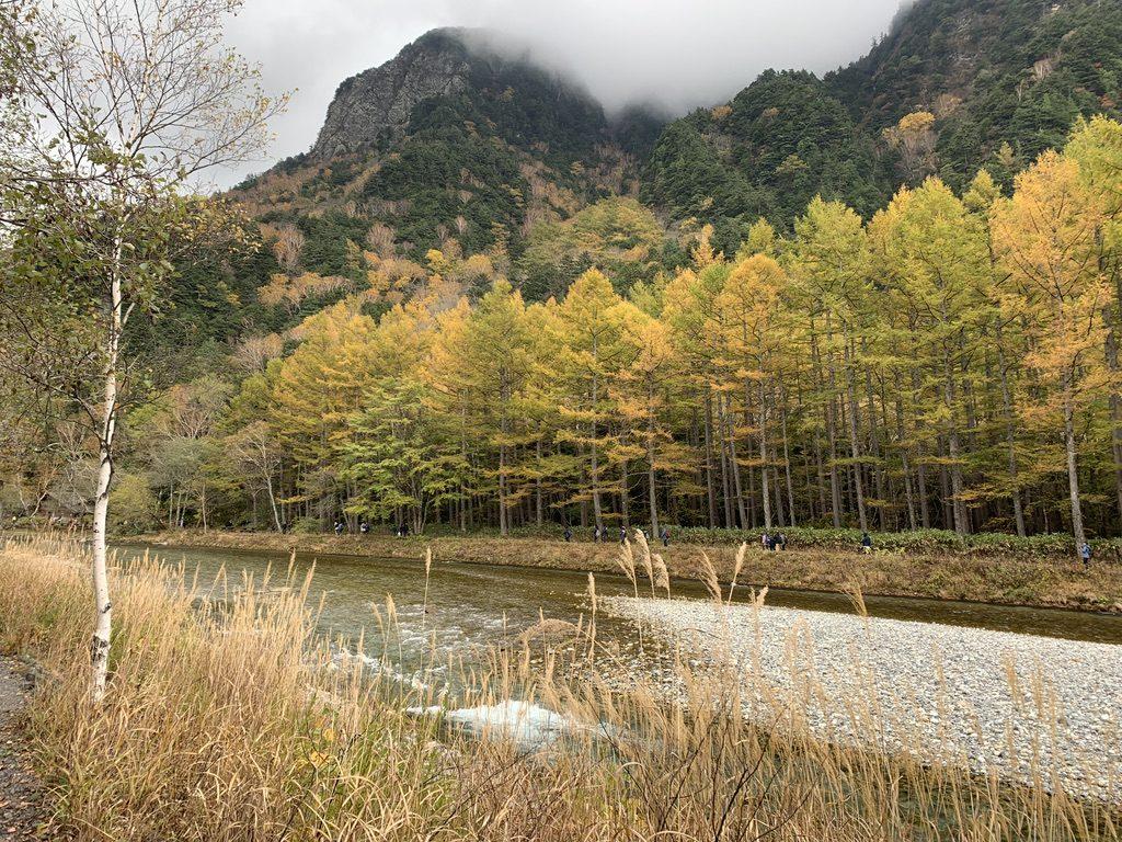 焼岳・上高地の紅葉