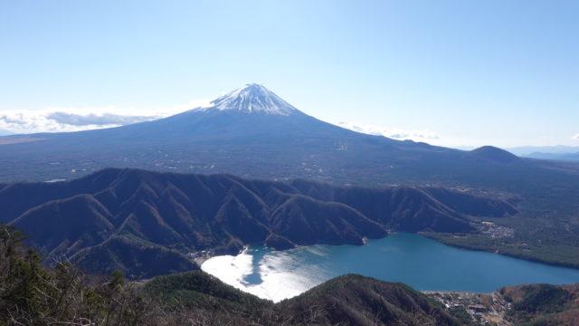 毛無山、十二ヶ岳・十二ヶ岳山頂からの富士山と西湖