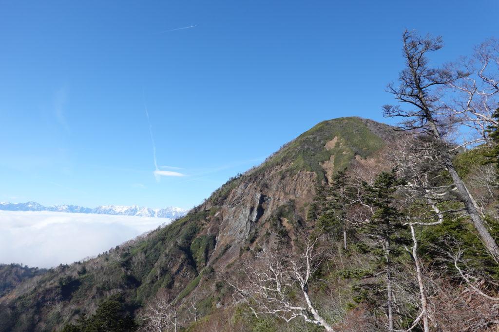 高妻山・戸隠山・高妻山と雲海と北アルプス