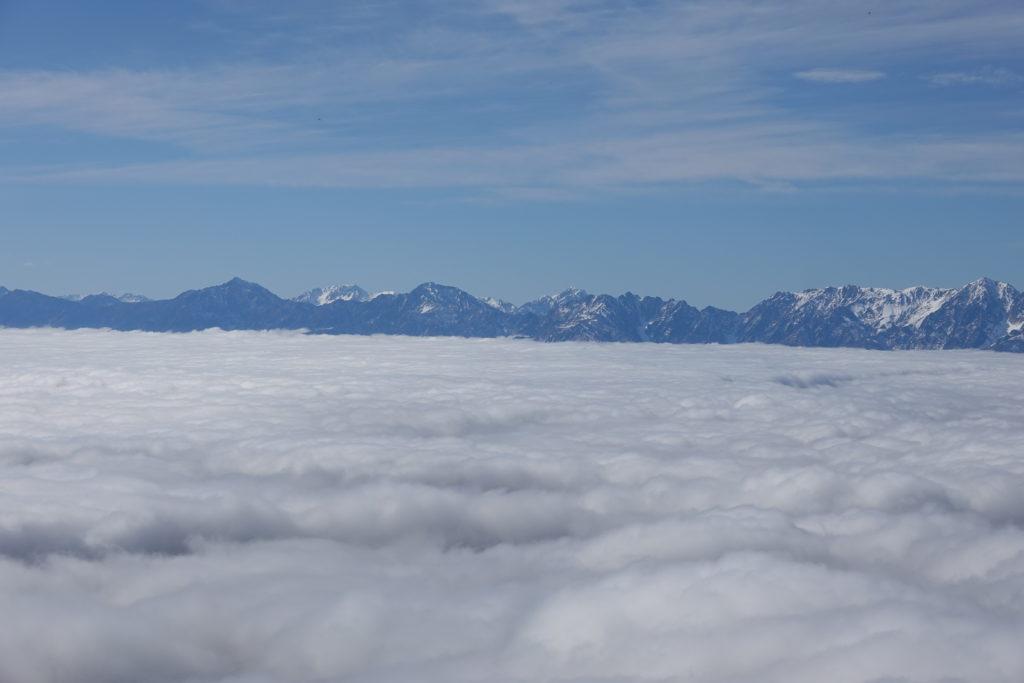 高妻山・戸隠山・高妻山山頂からの五竜岳、唐松岳