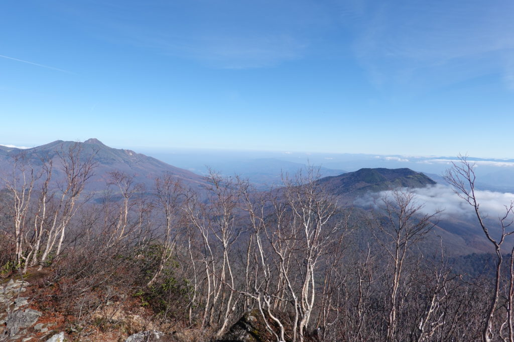高妻山・戸隠山・高妻山山頂からの妙高山と黒姫山