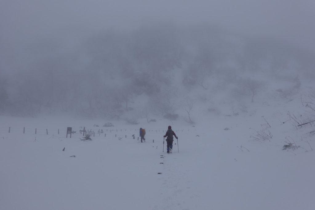 積雪期・日光白根山・弥蛇ヶ池からは日光白根山見えたハズだけど。。