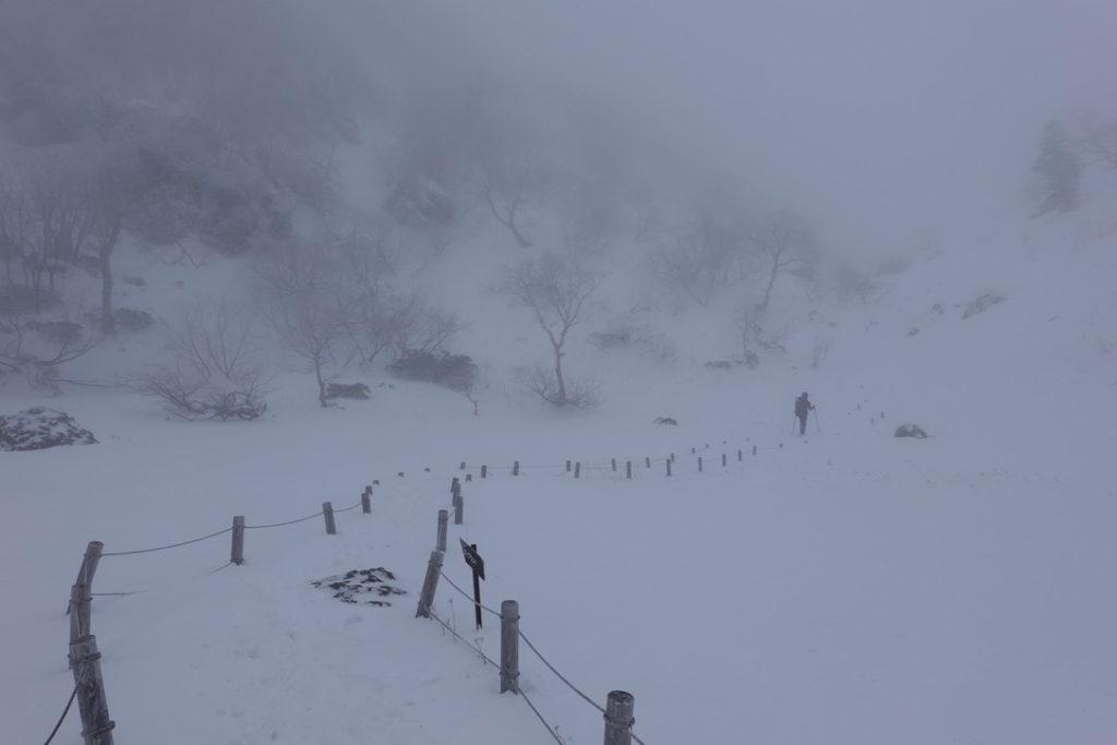 積雪期・日光白根山・弥蛇ヶ池から白根山へ