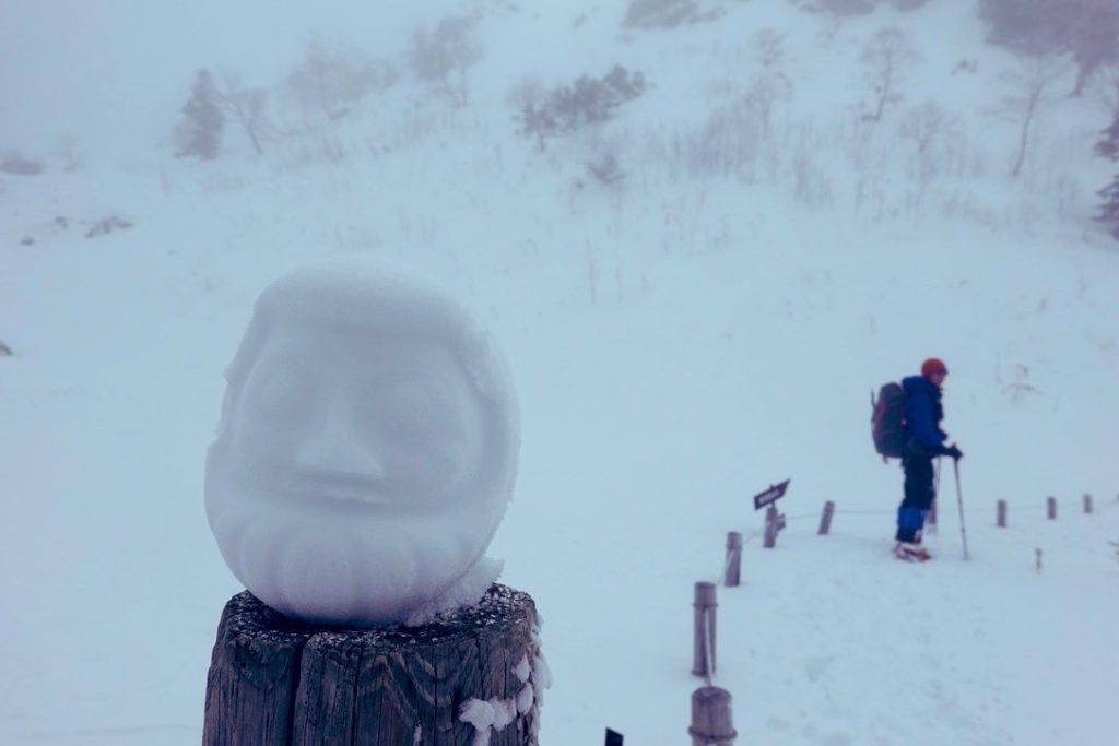 積雪期・日光白根山・今シーズン初の雪だるま