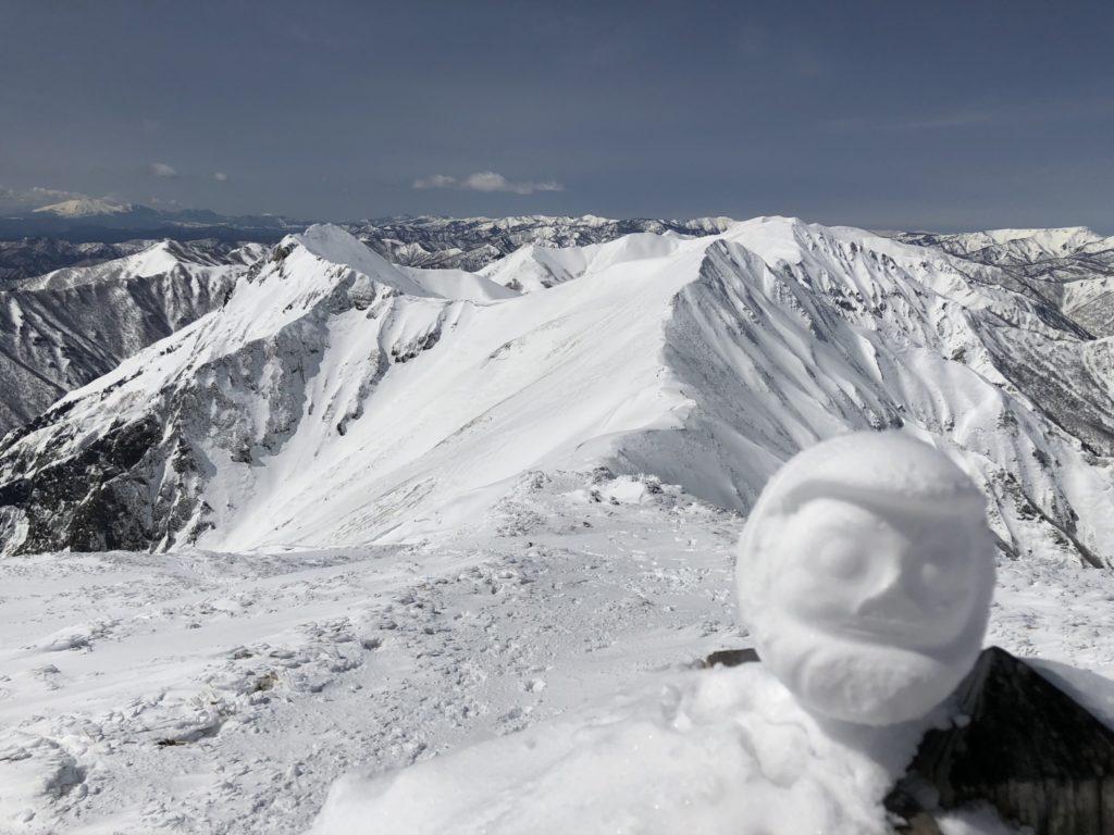 積雪期・日光白根山・谷川岳の雪だるま