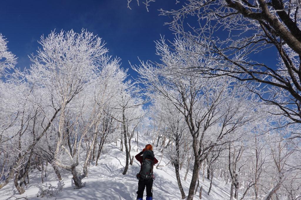 厳冬期・赤城山(黒檜山・駒ヶ岳)・霧氷(樹氷)を撮る人