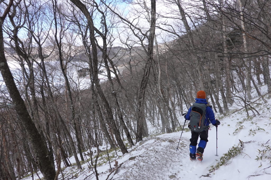 厳冬期・赤城山(黒檜山・駒ヶ岳)・大洞・大沼へ下山中