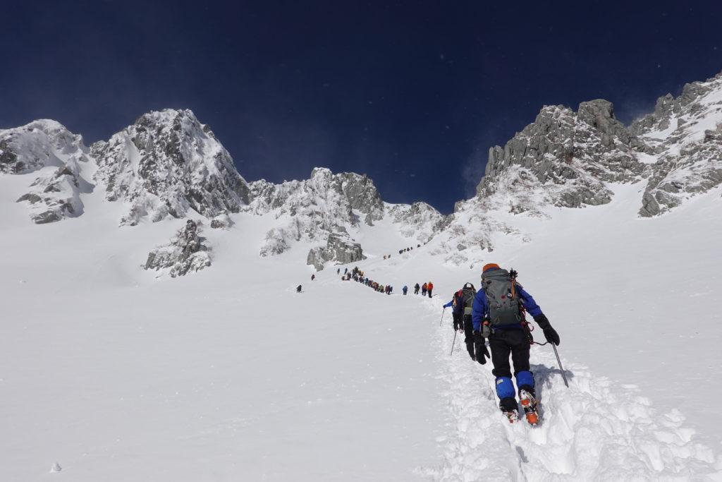 厳冬期・木曽駒ヶ岳・八丁坂を登る