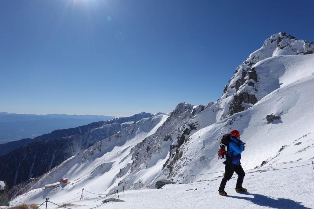 厳冬期・木曽駒ヶ岳・乗越浄土から宝剣岳