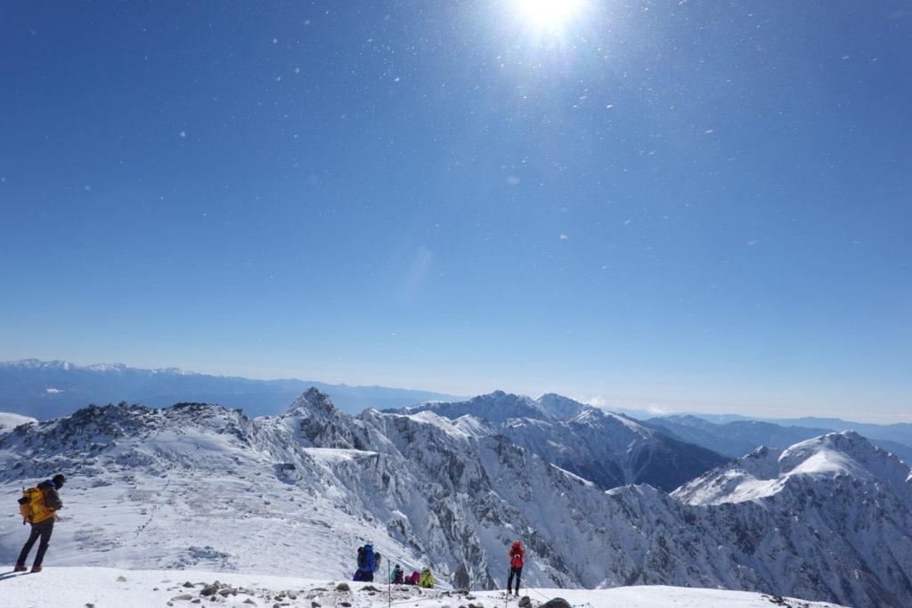 厳冬期・木曽駒ヶ岳・木曽駒ヶ岳山頂からの宝剣岳