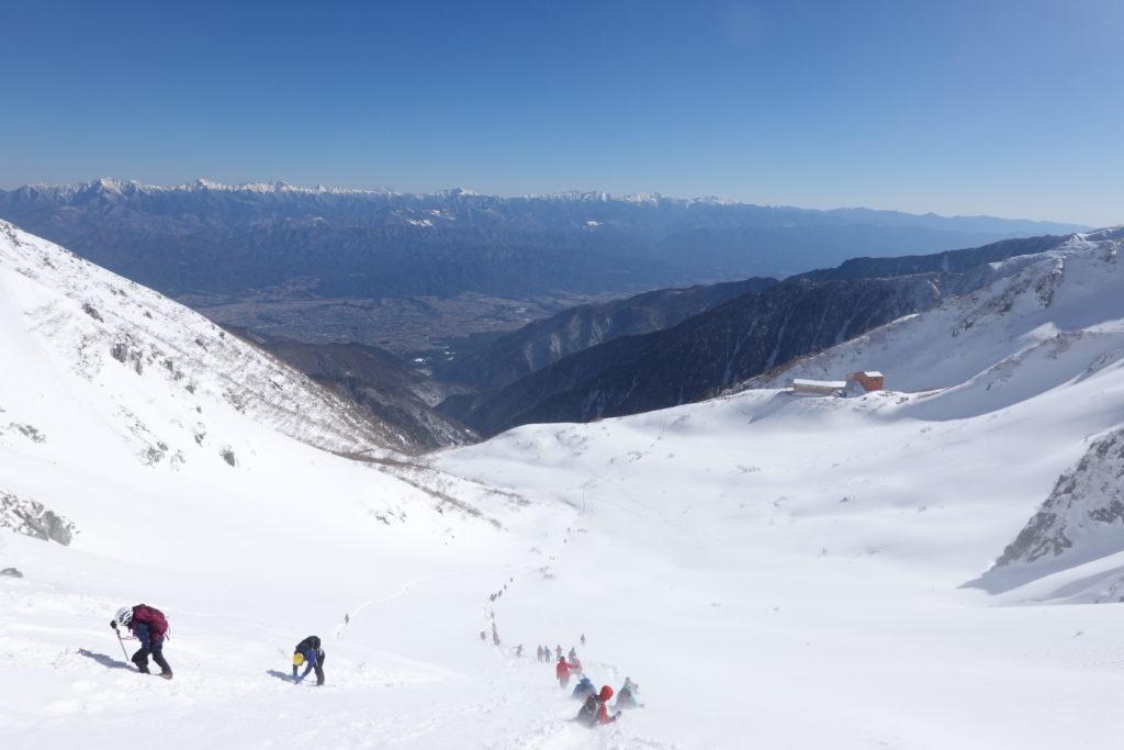 厳冬期・木曽駒ヶ岳・八丁坂を下る
