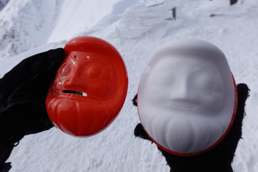 厳冬期・谷川岳・肩ノ小屋で雪だるまづくり