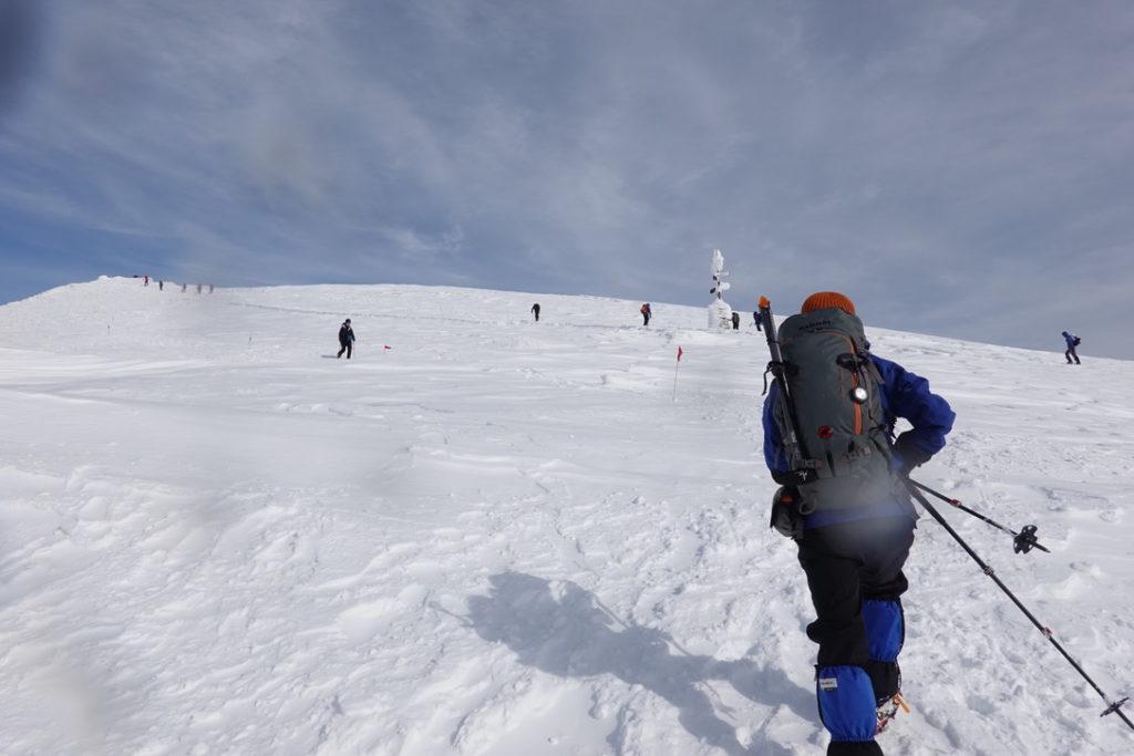 厳冬期・谷川岳・肩ノ小屋から肩ノ広場へ