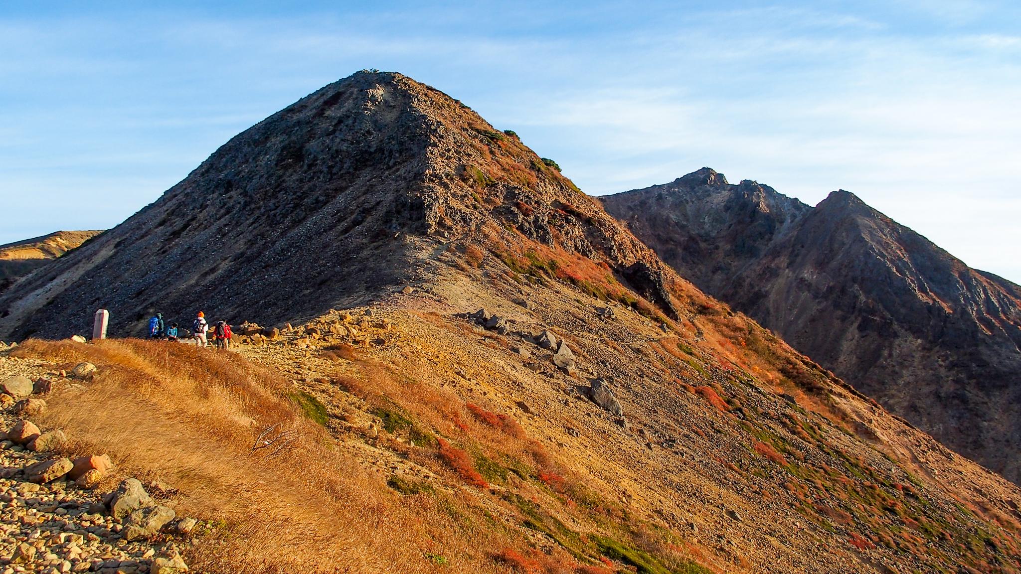 那須岳・峰の茶屋からの剣ヶ峰、朝日岳