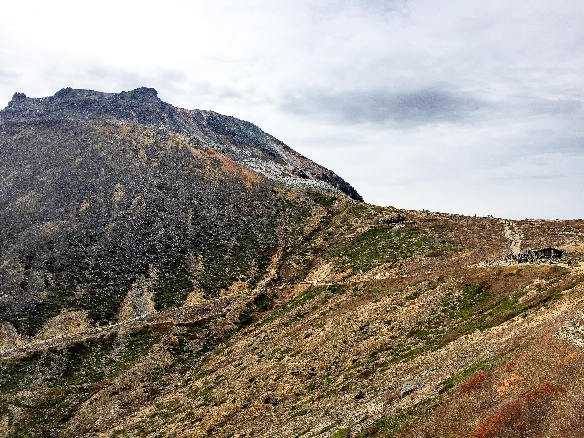 那須岳・峰の茶屋と茶臼岳