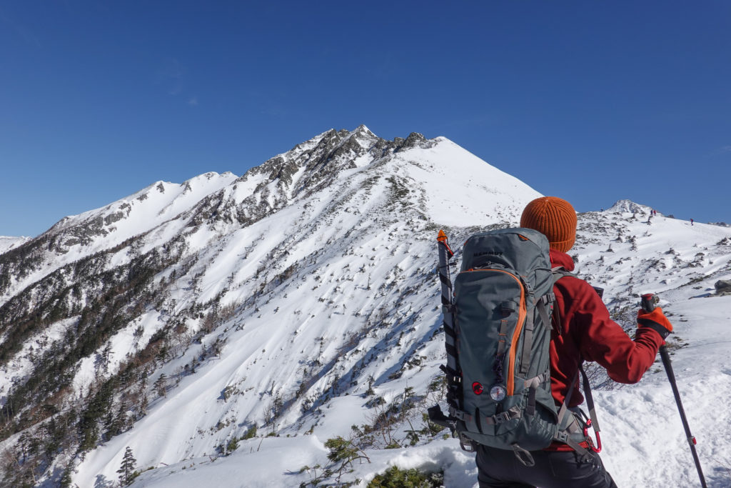 厳冬期・西穂高岳・西穂独標・西穂丸山へ・西穂高岳の雄姿