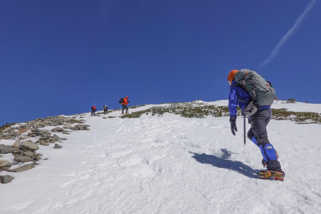 厳冬期・西穂高岳・西穂独標・丸山から独標は急登です