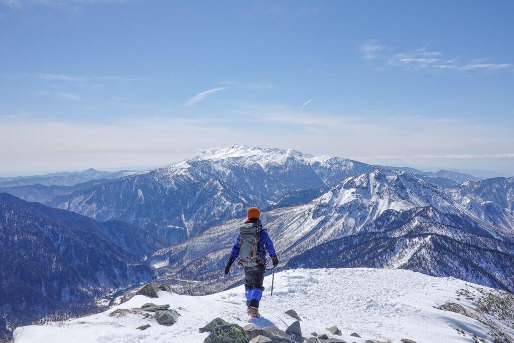 厳冬期・西穂高岳・西穂独標・西穂丸山へ下山