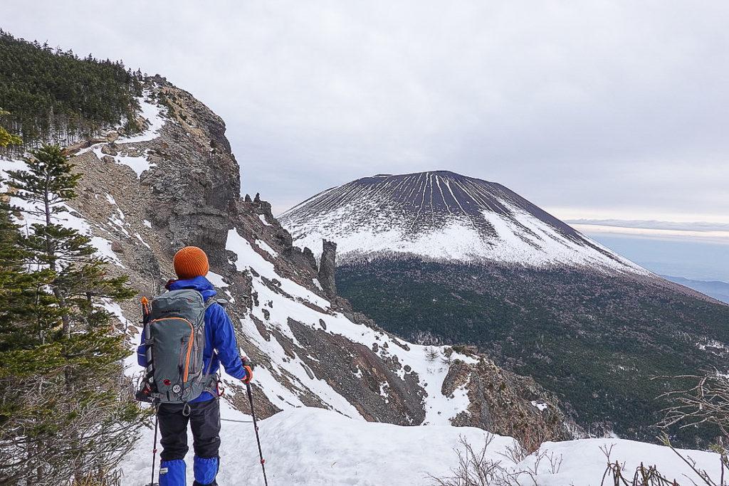 残雪期・浅間山・トーミの頭と前掛山