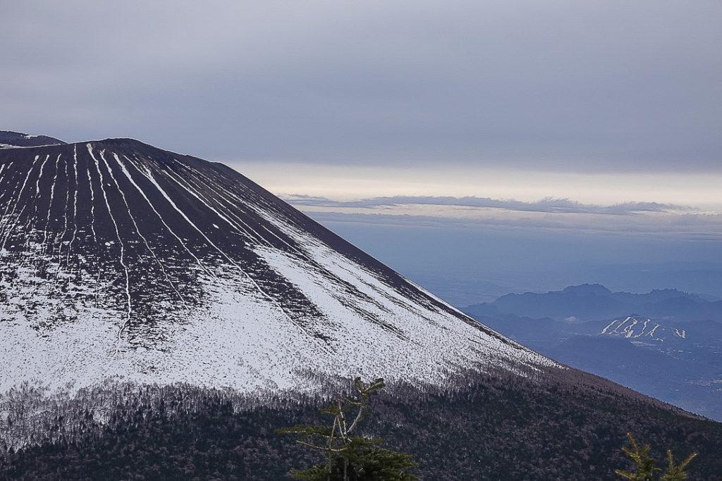 残雪期・浅間山・前掛山