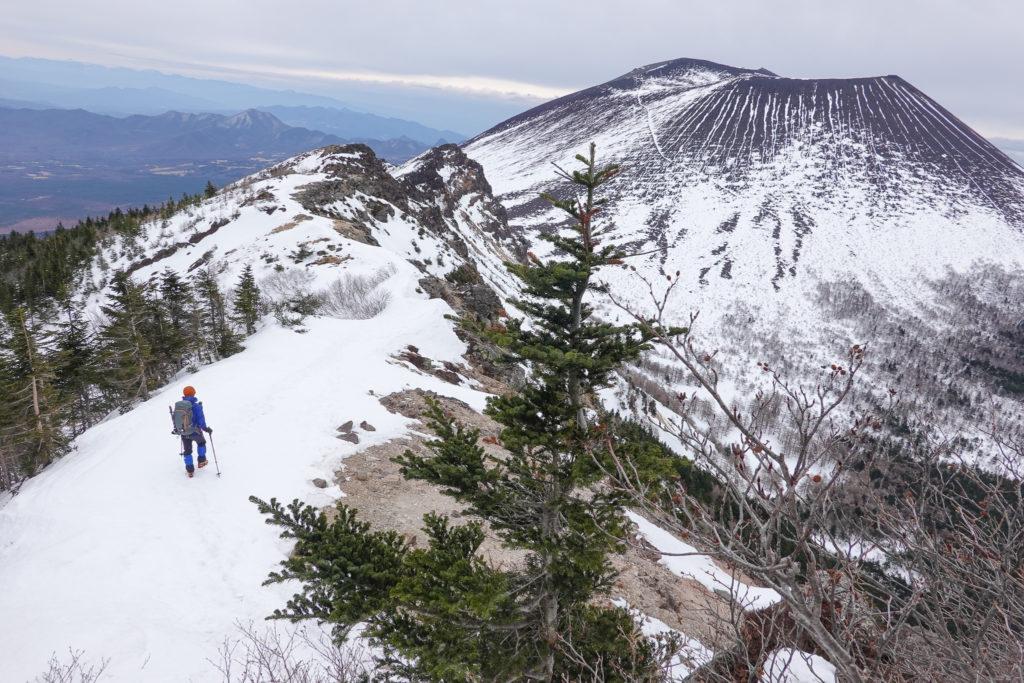 残雪期・浅間山・蛇骨岳から仙人岳へ