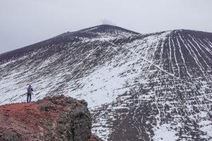 残雪期・浅間山・鋸岳からの浅間山(前掛山)