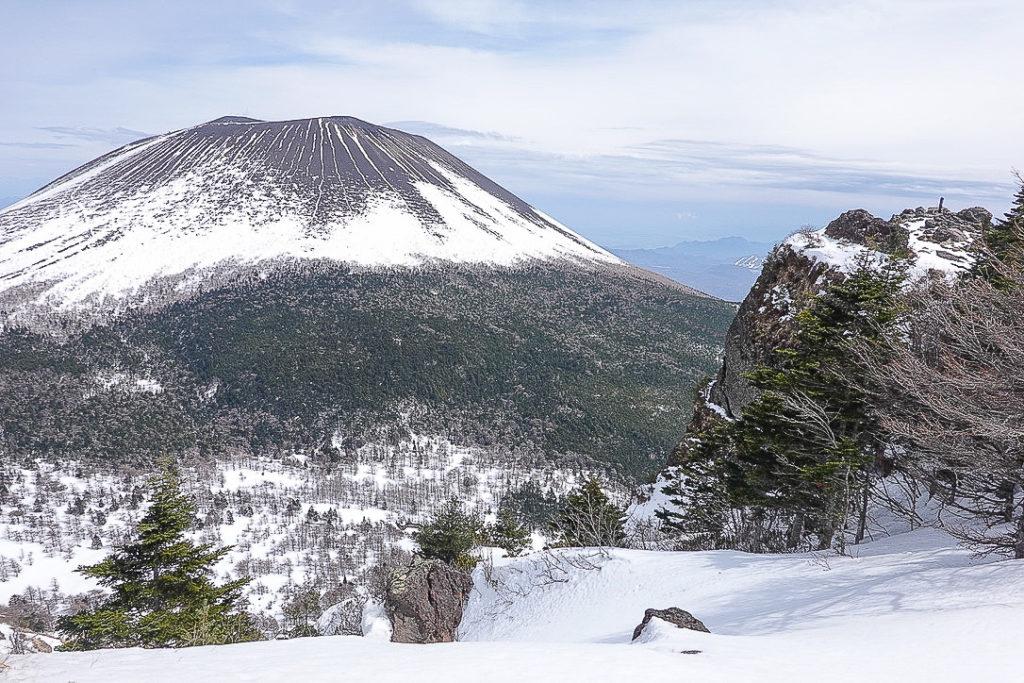残雪期・浅間山・黒斑山からトーミの頭へ