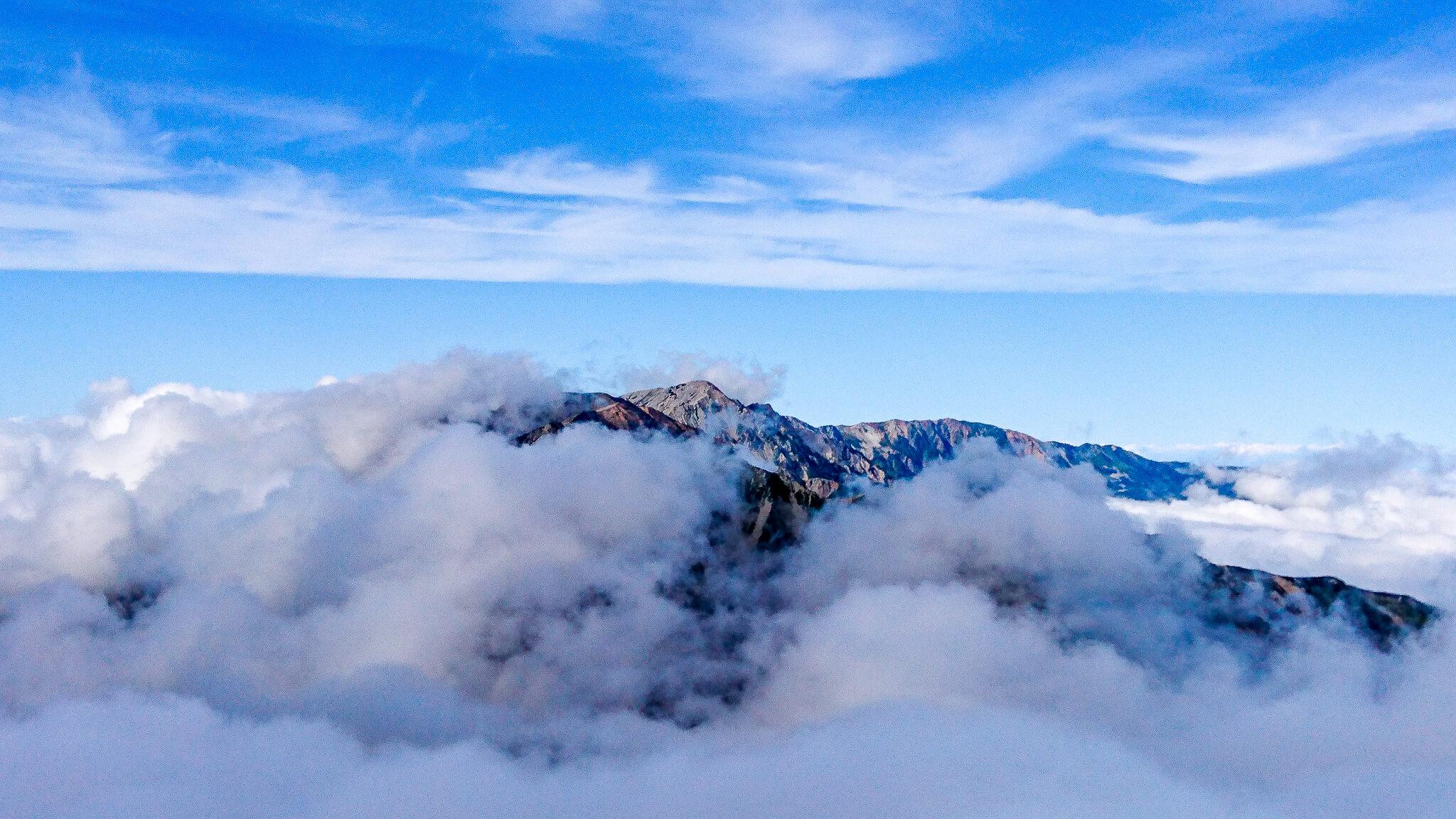 五竜岳から見た白馬岳