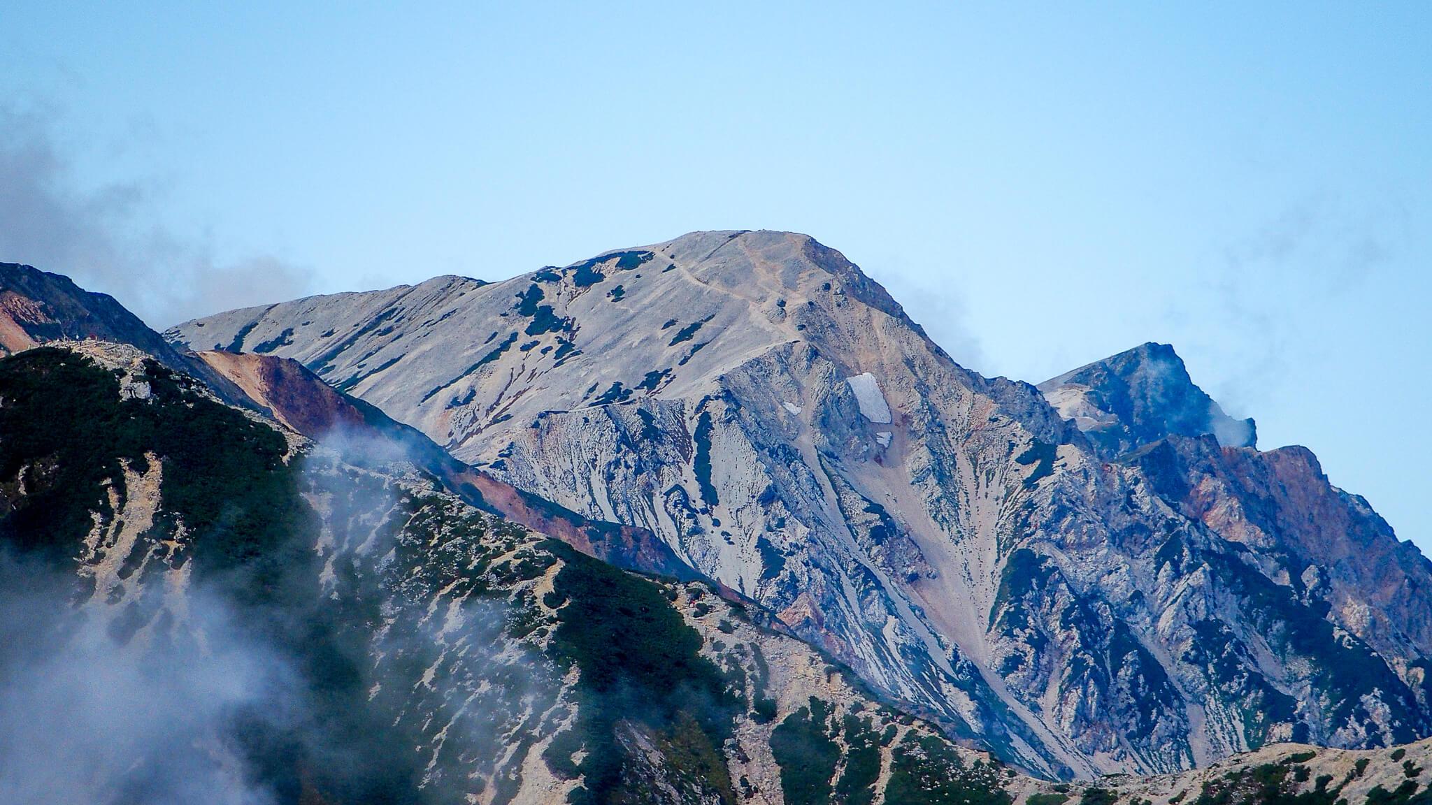 五竜岳から見た白馬岳2
