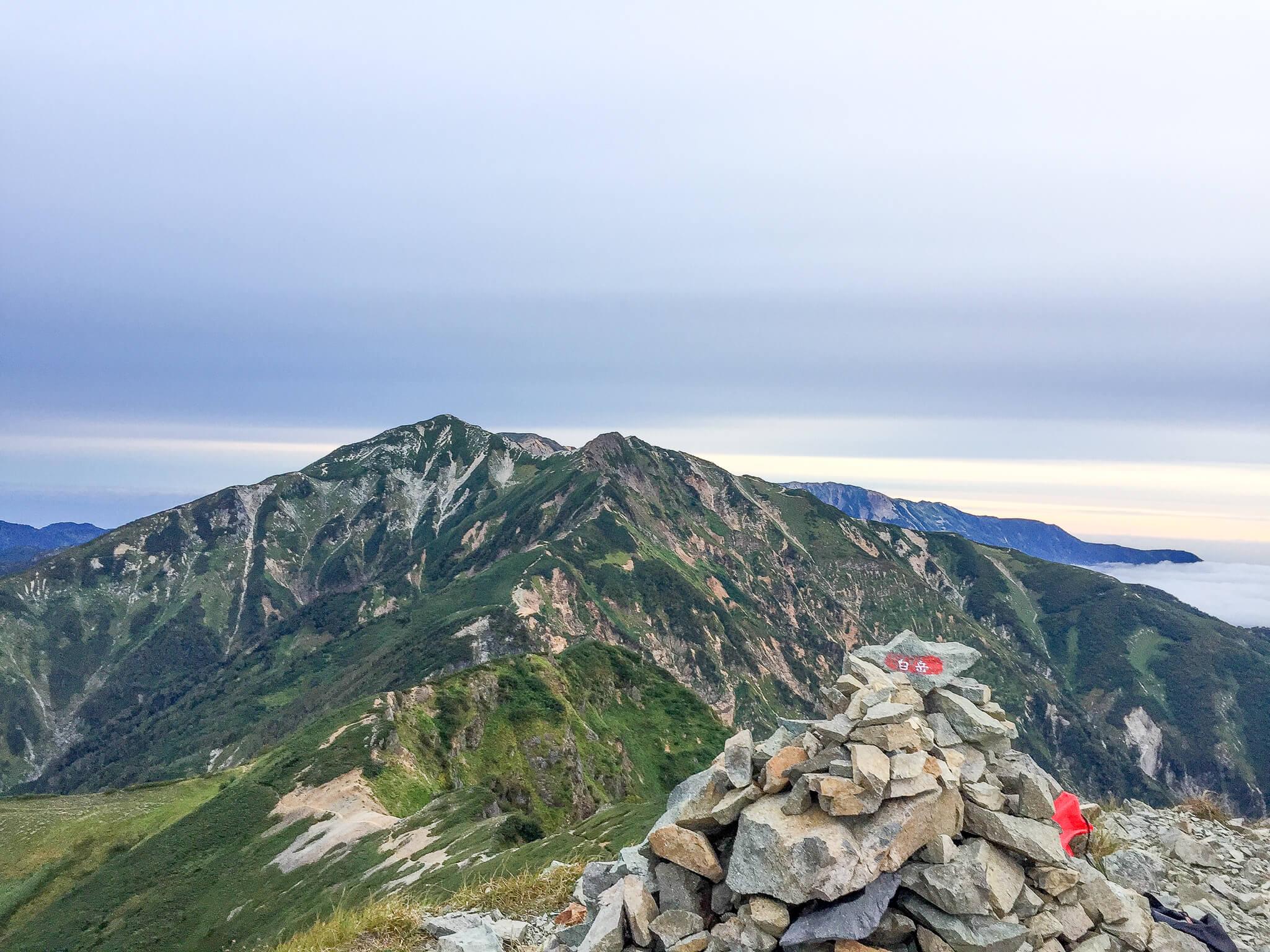 五竜岳・白岳からの唐松岳