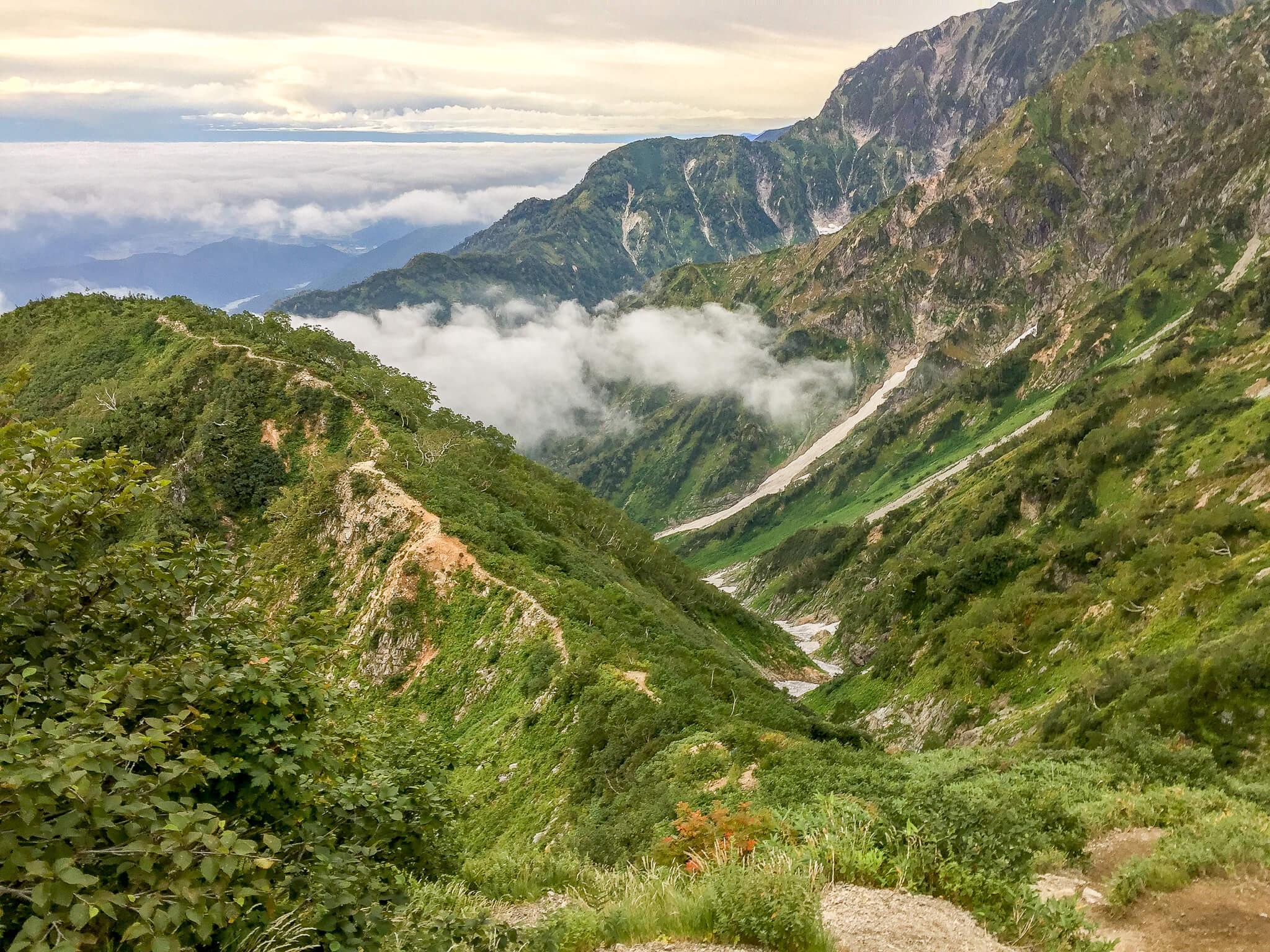 五竜岳・遠見尾根から帰ります2