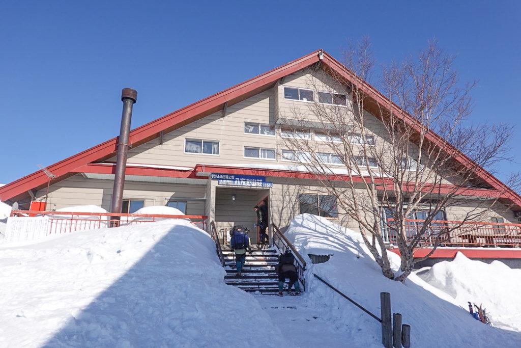 積雪期・唐松岳・八方池山荘