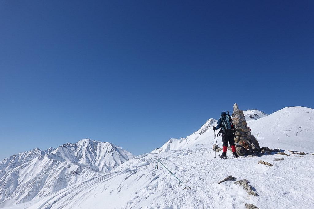 積雪期・唐松岳・丸山・丸山ケルンと五竜岳