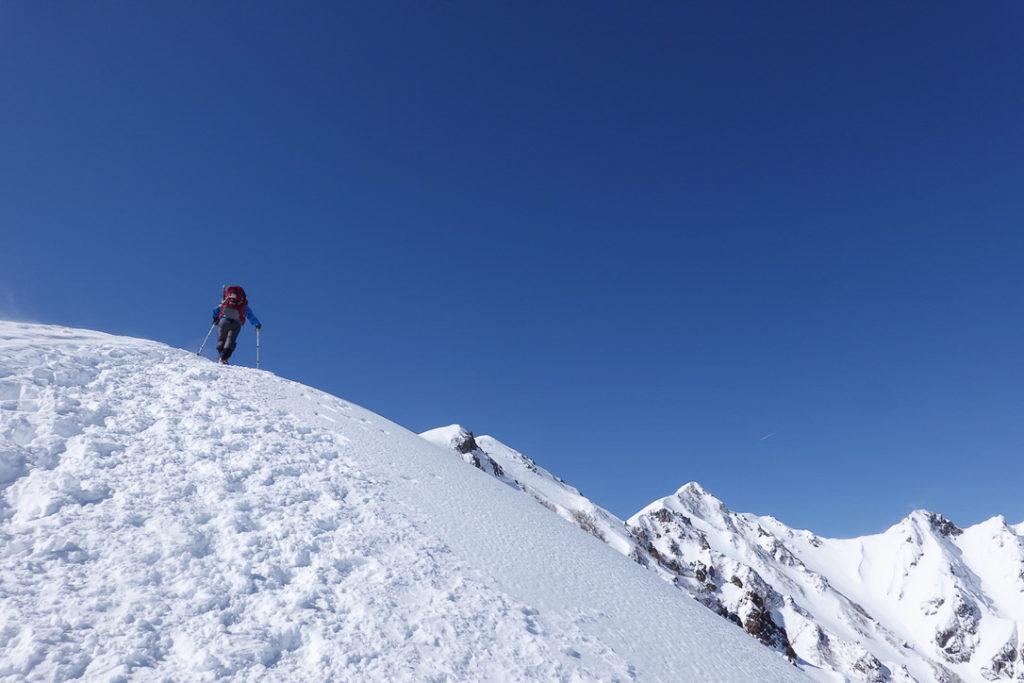積雪期・唐松岳・まだまだ急登、続きます。